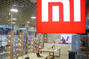 xiaomi india market: xiaomi's new record in india, 10 lakh phones sold offline in a day – xiaomi sets new record in india by selling more than 10 lakh smartphones in offline market