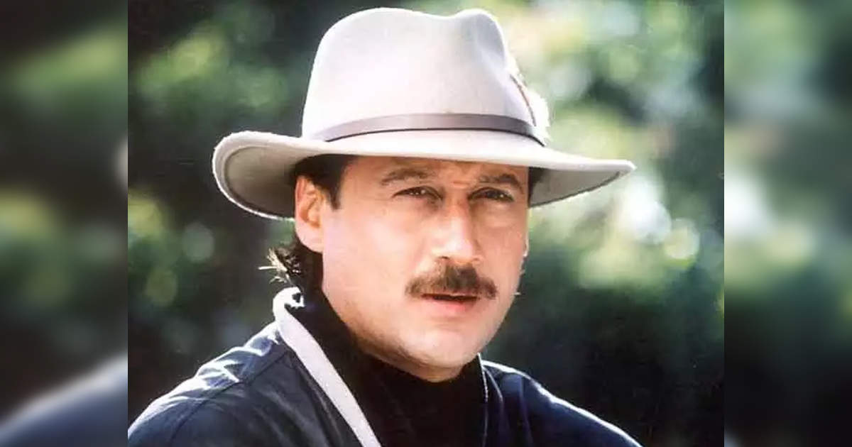 Jackie Shroff Unknown facts: Jackie Shroff is the 'Messiah' for the poor, has also given personal numbers to beggars