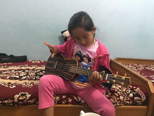 Dolkar rocking out on my ukulele