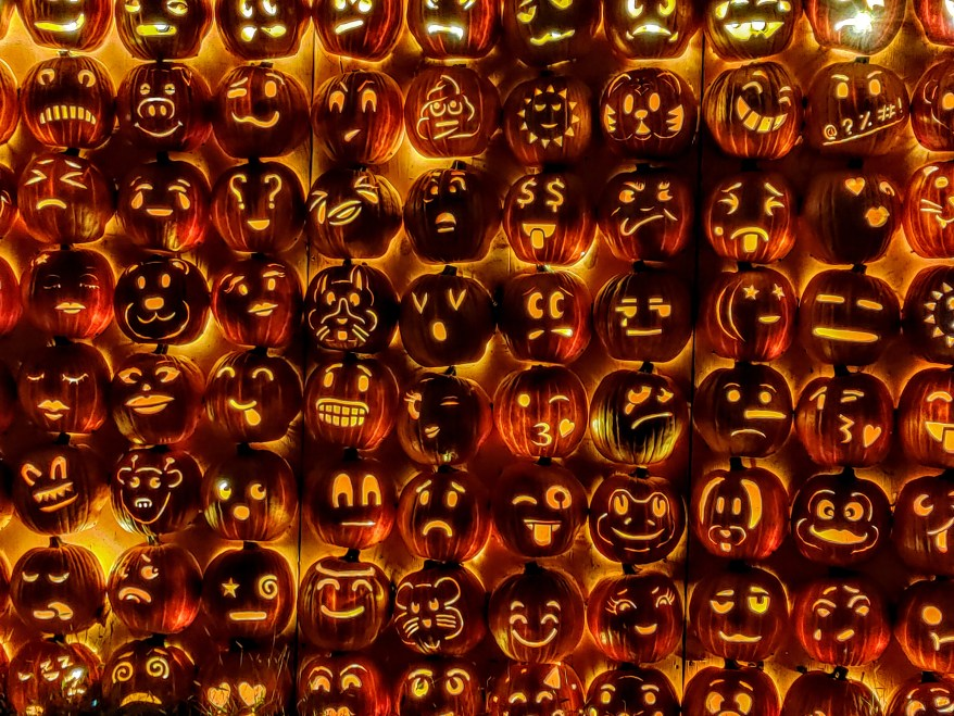 Emoji Pumpkin Wall
