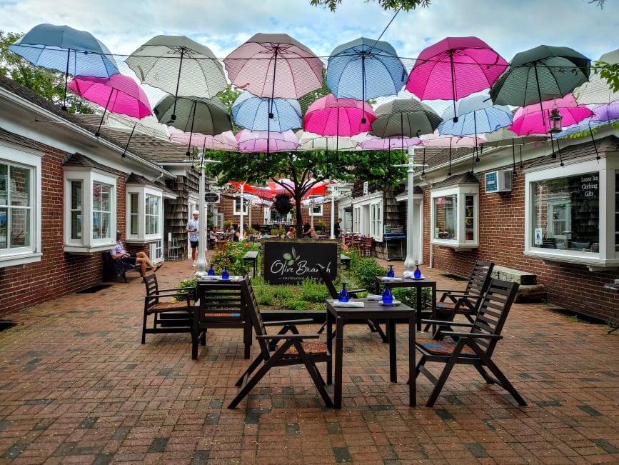 greenport village restaurant outdoor dining