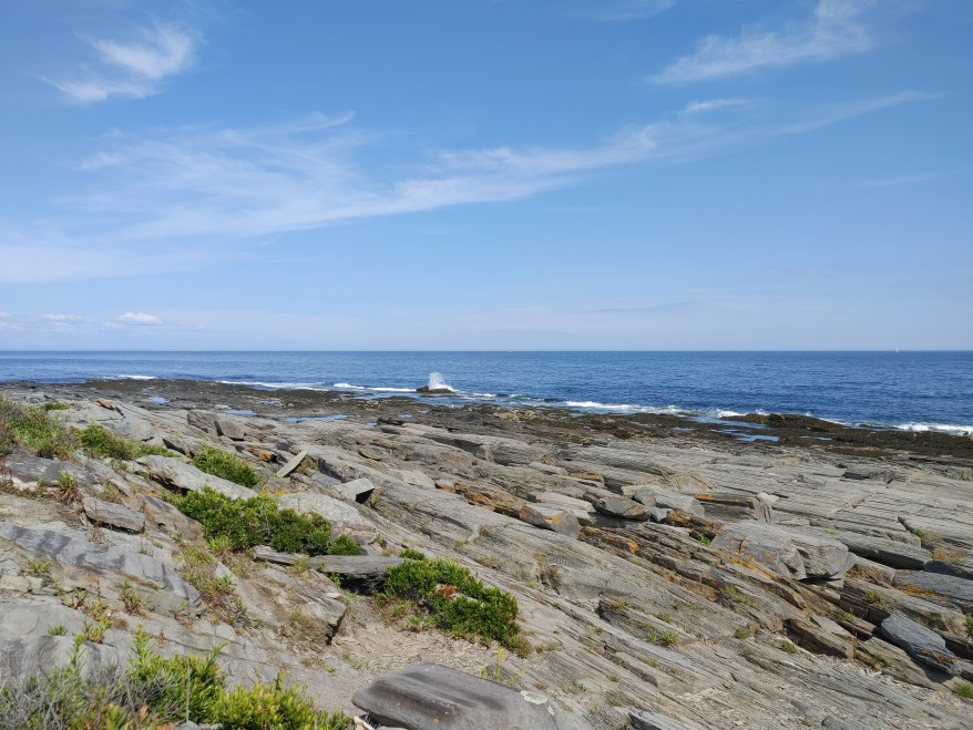 view along Maine's coast line, Maine coast road trip