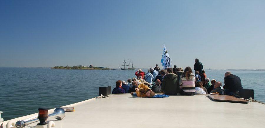 navigo amsterdam vaart dagelijks naar pampus en muiderslot, leuk uitje voor een kleine groep