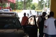 Prefeita Rhaiza Matos, vereadores Ricck e Regivan, e gerentes municipais participaram da vacinação de policiais civis, militares e bombeiros de Naviraí (40)