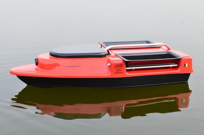 navomodel 2019 barca de plantat si nadit