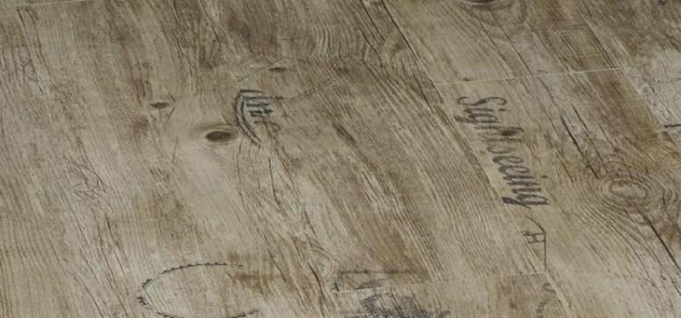 ламинат дуб с узорами и надписями