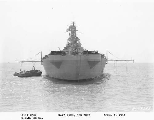 small resolution of uss iowa 1943 http navsource org archives 01 061 016105t jpg