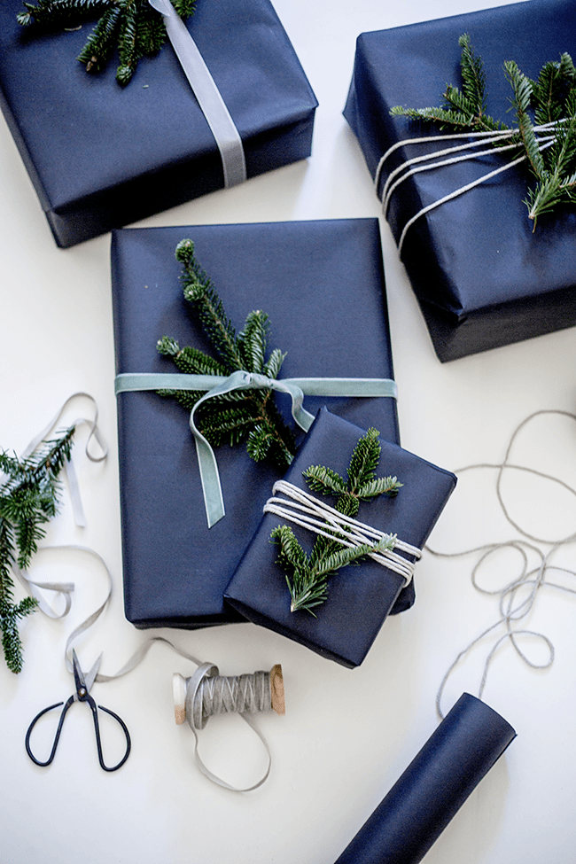 Holiday Obsessions | Moodier Gift Wrapping