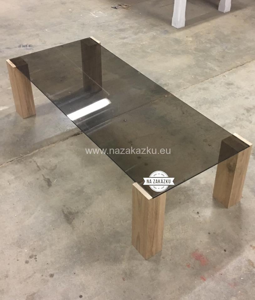 Moderní stůl