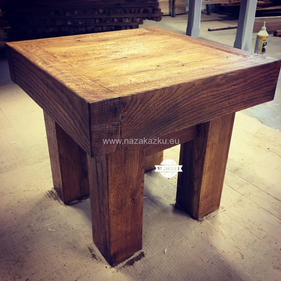 Rusikální dubový stoleček, chalupářský nábytek, designová stůl
