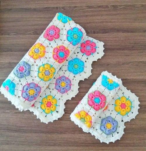 hediyelik-motifli-orguler-bebeklere-battaniye