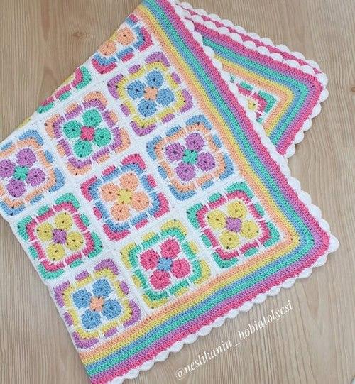 pastel-bebek-renkli-battaniyeler