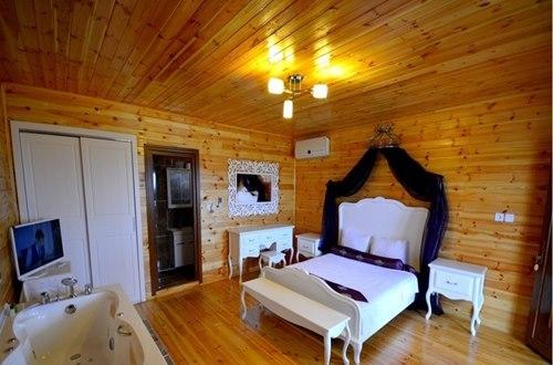 Ağva-Teras-Garden -jakuzili-somineli-oda