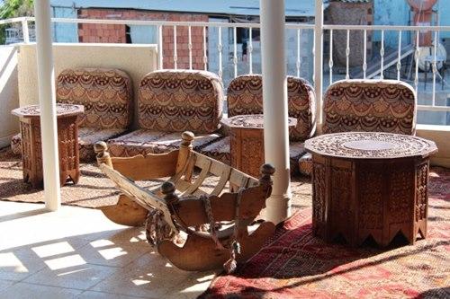 Mersin-Akkum-Trak- Pansiyon-veranda