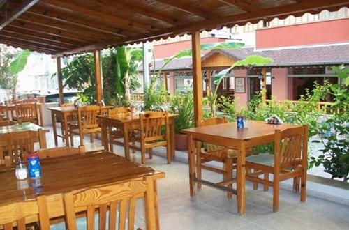 Mersin-Rain-Hotel-cafe