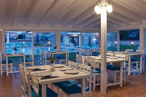 Nea-Garden-Hotel Alaçatı-restoran