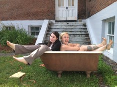 "Kelsey Hines and Lee Thomas, in ""Tubmates"", 2014 Street Theatre by Gordon Mihan (photo: Jean-Michel Cliche)"