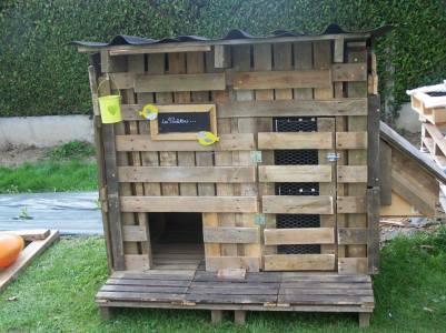 Chicken coop : http://bit.ly/10r4Urk