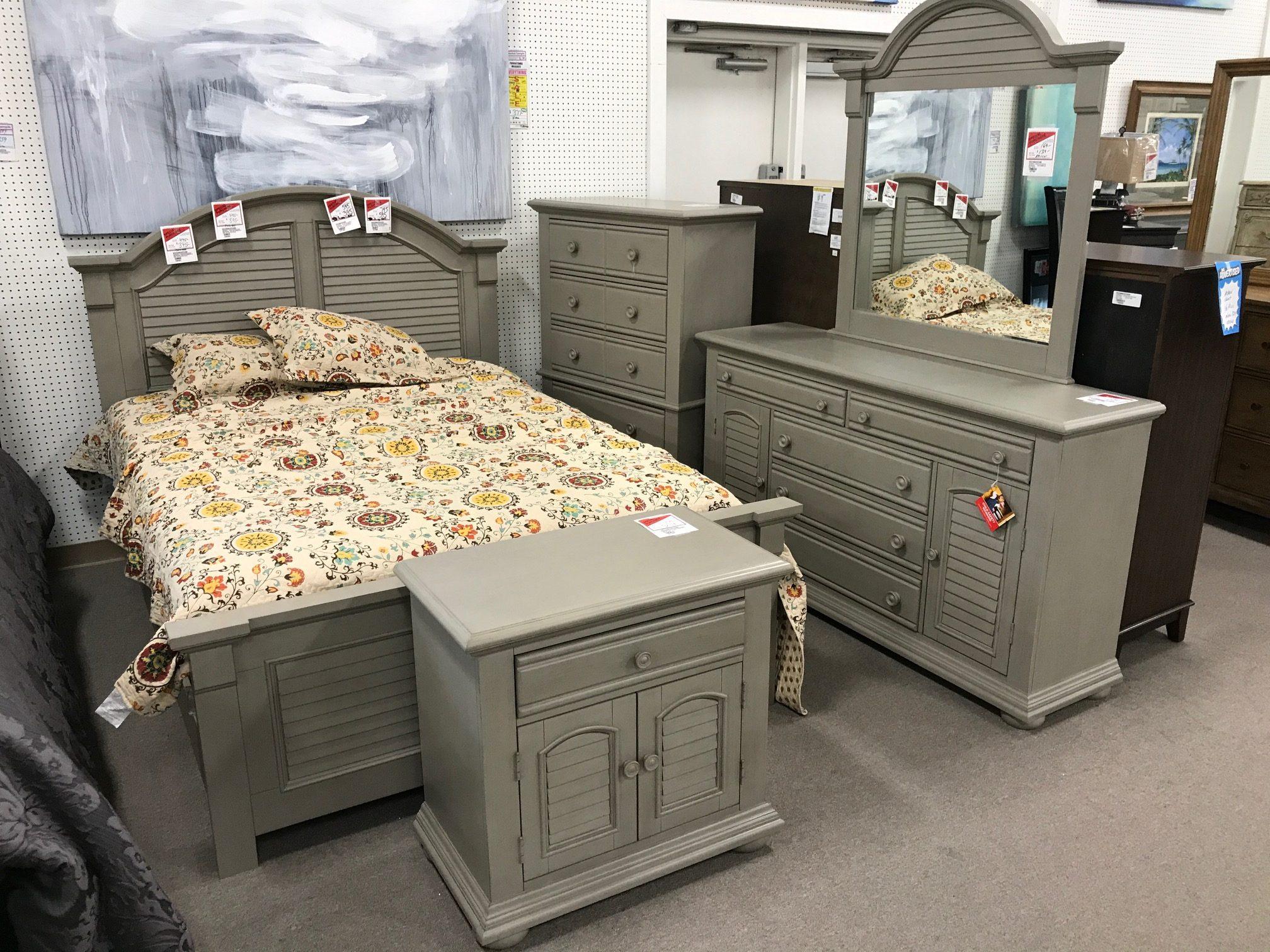 Gray Summerhouse Bedroom Set Heavner Furniture Market