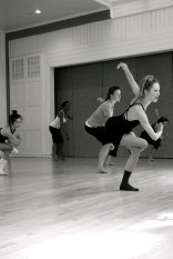 ShaLeigh Comerford teaching at Arts Together in Raleigh. Photo by Anne Morris