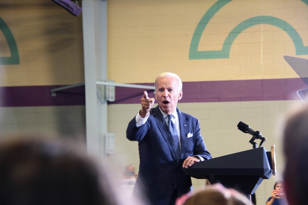'Uncle Joe' draws huge crowd at local rally for Hillary Clinton