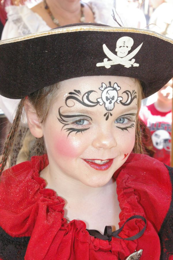 Pirate Chocolates With Face & Body Paint Ncpf Official