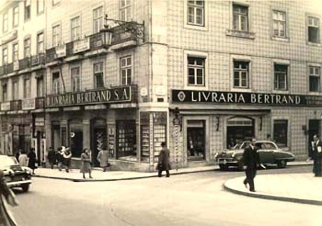 A Bertrand do Chiado é a livraria mais antiga do mundo