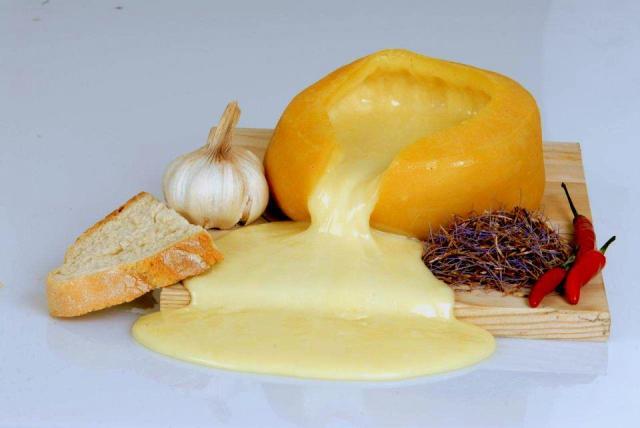Queijo Serra da Estrela - É português e um dos melhores queijos do mundo