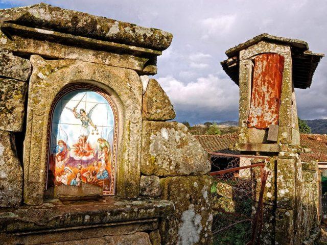 As Alminhas: história e significado