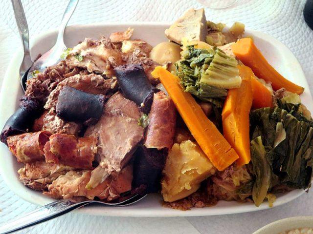 Cozido à Portuguesa, Açores