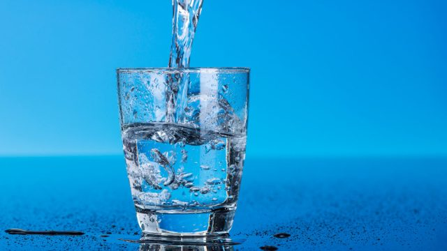 «Obrigada» e «copo de água»: erros de português?
