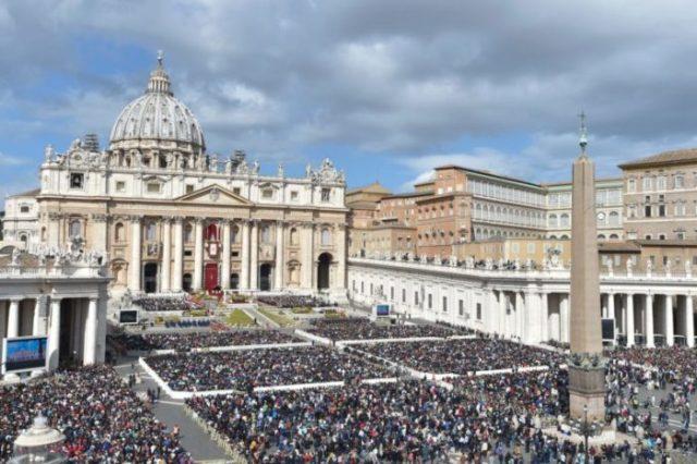 Praça de São Pedro, Vaticano (Roma), Itália