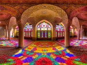 A incrível beleza das Mesquitas do Irão em fotos raras