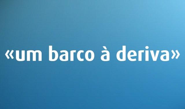 «Voltar atrás» é erro de português?