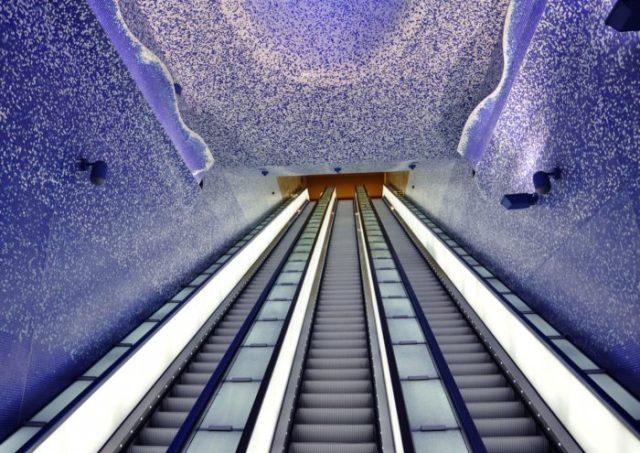 06 Estação de Toledo, Nápoles, Itália - © Photography and Architecture