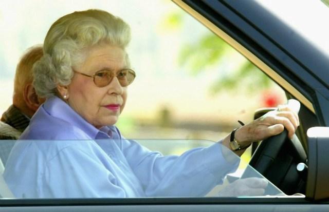 A rainha a bordo dum Kona?