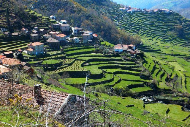É portuguesa a aldeia que nos deixa sem palavras