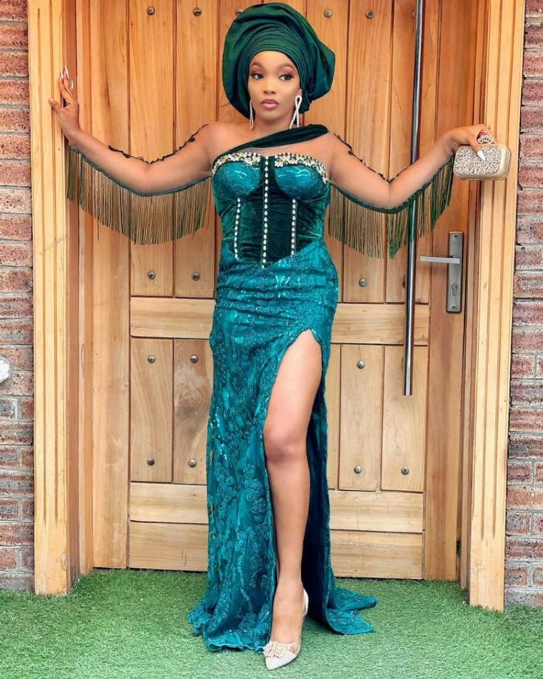 asoebi style detailed corset dress