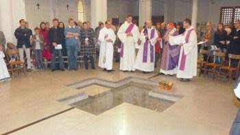 Bénédiction du baptistère par Mgr Ricard