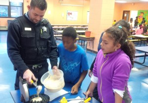 cooking-with-cops-indigo-chicago