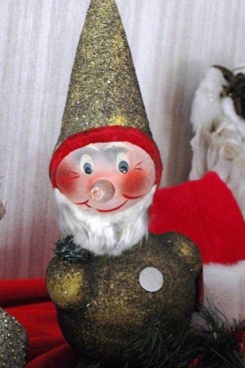 Day 12: Vintage Santa