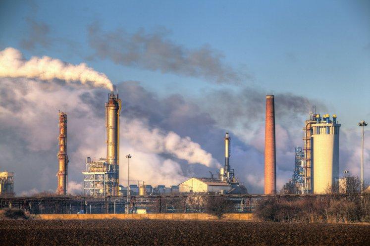 تعبير عن تلوث البيئة بالانجليزي قصير