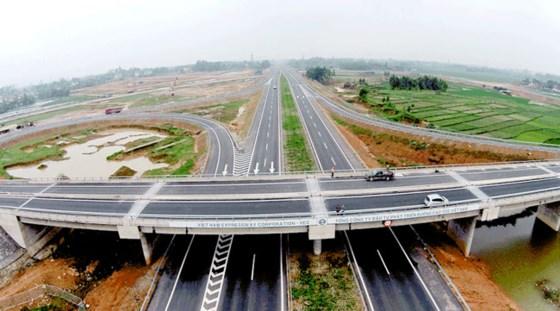 Bất động sản Long An lên ngôi nhờ cú hích hạ tầng giao thông ảnh 1