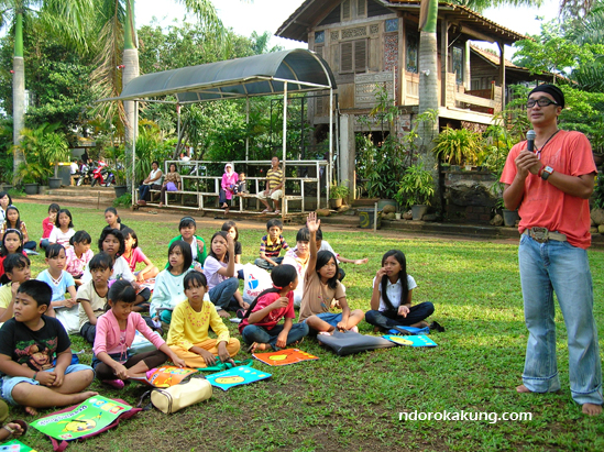 KANDANK JURANK   Suasana belajar di Komunitas Kreatifitas Kandank Jurank Doang