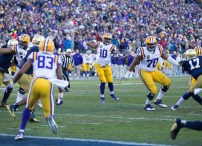 LSU quarterback Anthony Jennings passes the ball.