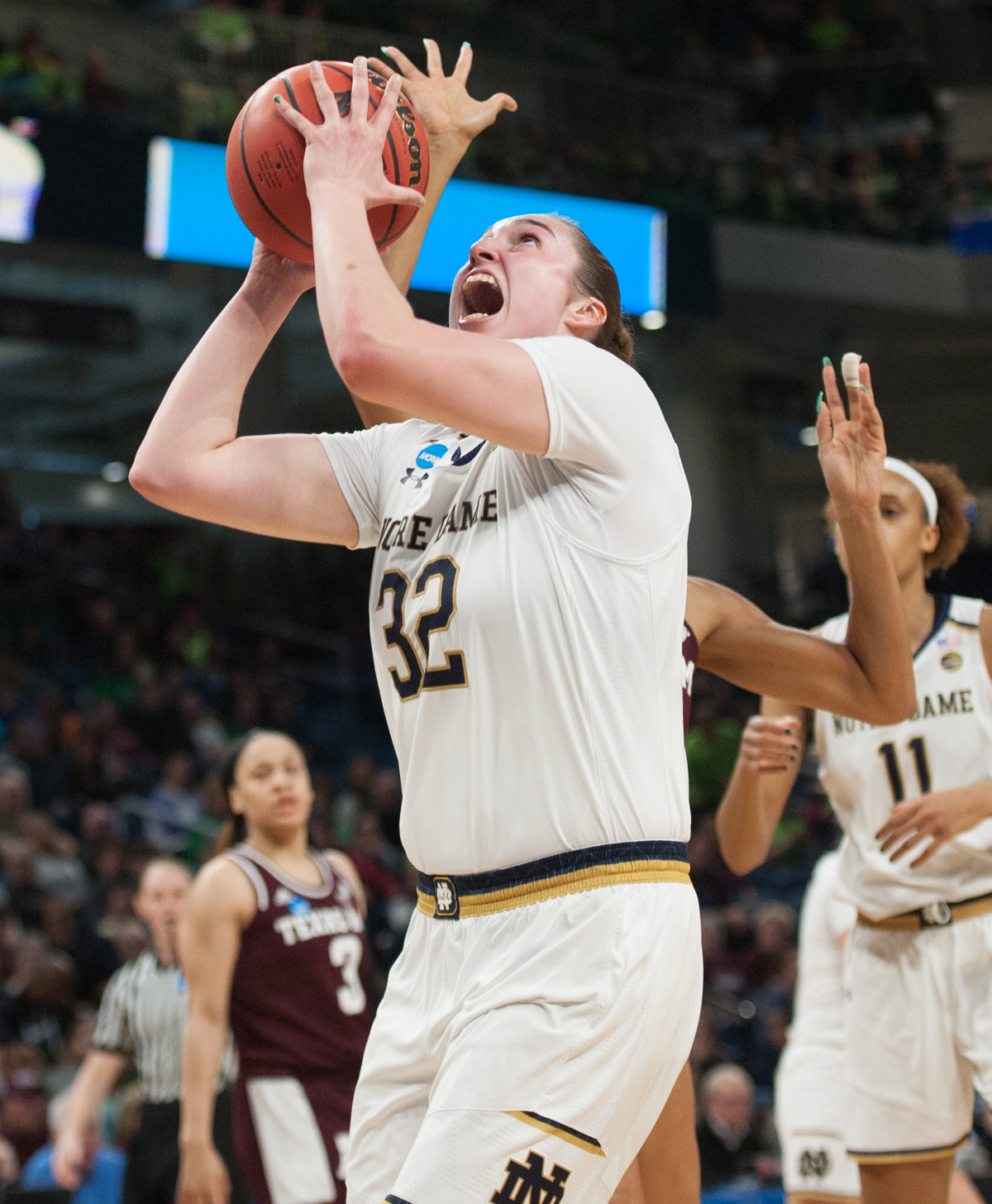 Ogunbowale leads Notre Dame over Texas A&M in Sweet 16