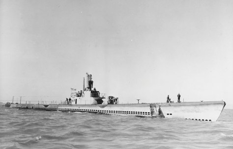 USS Steelhead (SS-280) refitted with 5.25-inch deck gun, April 10, 1945 (retouched by wartime censors) (U.S. Navy)