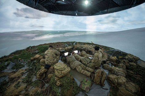 Soldiers from Britain's Royal Artillery train in virtual world during Exercise Steel Sabre 2015 (MOD/Si Longworth)