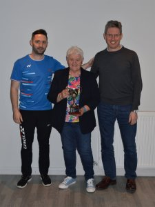 League Chair, Steven Chappell presenting the Mixed Division 2 trophy to Aileen Petrie and David Rutledge from Glen Ythan