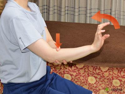テニス肘治し方コンプレッション1